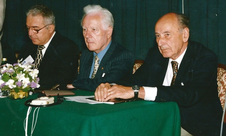 10 -CNE 1998 - C Acad. Gleb Dragan si Prof Aureliu Leca