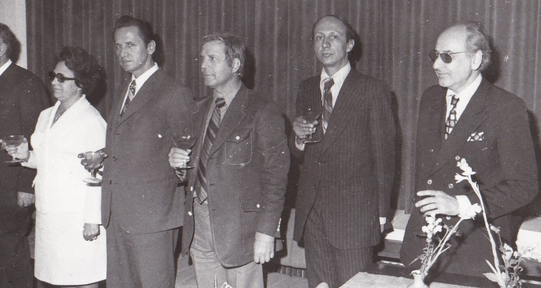 8. Intalnire Consiliul Imputernicitilor UGSR, oct. 1976, de la drapta la stanga Calin Mihaileanu, Radu Nicolae (MEE), Gheorghe Balan, un directo