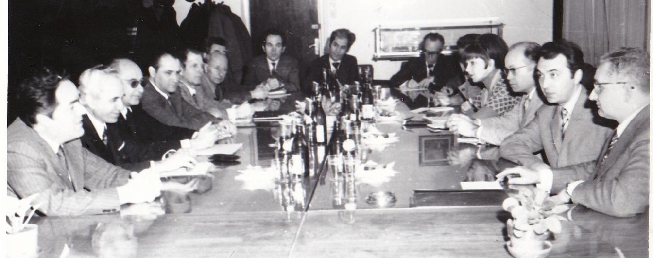 9 -Vizita ministrului energiei din RDG, 30.11.1976,. Calin Mihaileanu, al 3-lea din stanga